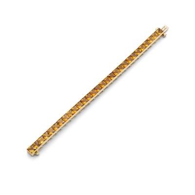 Lot 93 - A citrine line bracelet