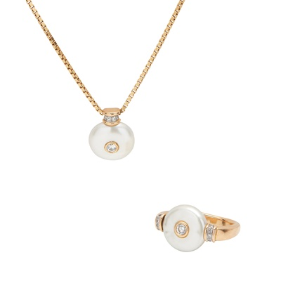 Lot 54 - A pearl and diamond set pendant and ring