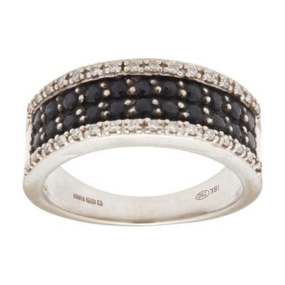 Lot 127 - A 18ct white gold black and colourless diamond set ring