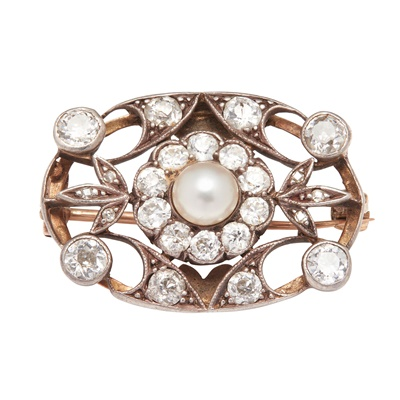 Lot 42 - A pearl and diamond set brooch