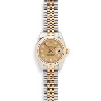 Lot 41-A lady's bi-metallic Oyster Perpetual Datejust wristwatch, by Rolex