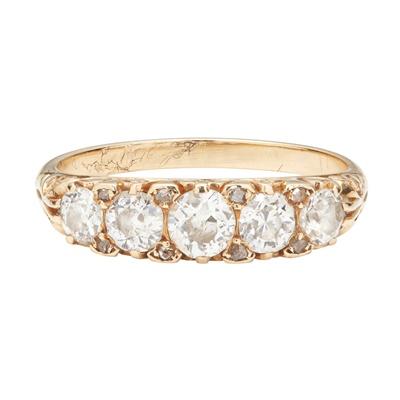 Lot 80 - A Victorian five stone diamond ring