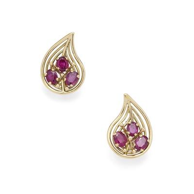 Lot 73 - A pair of ruby earrings, by John Donald, 1992