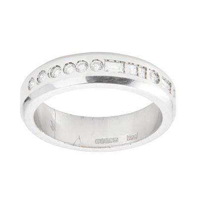 Lot 115 - A diamond set 'Morse Collection' ring, Eric N Smith