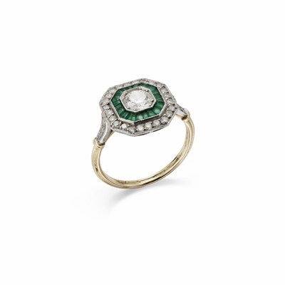 Lot 4-A diamond and emerald target cluster ring
