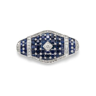 Lot 55 - A sapphire and diamond brooch