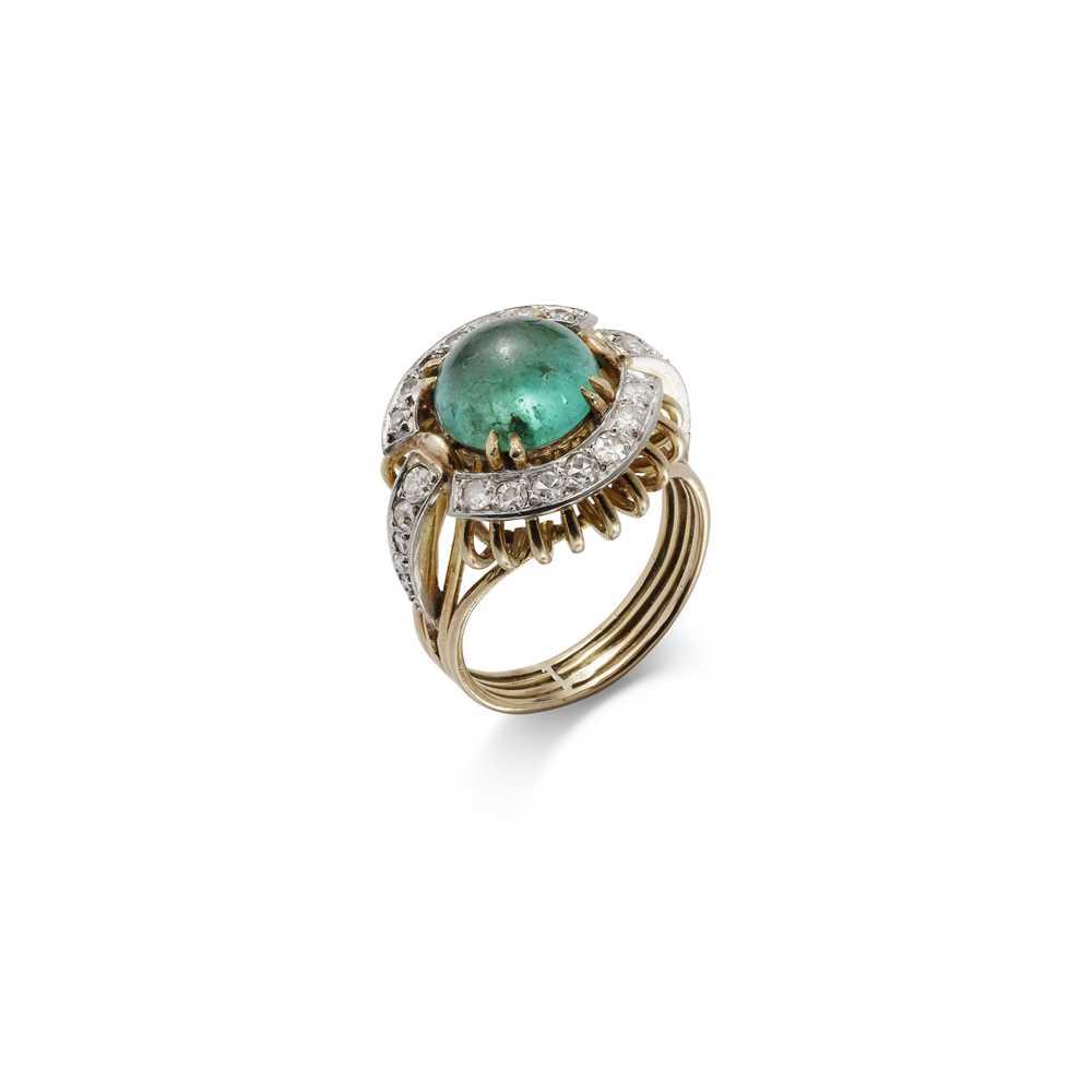 Lot 8-An emerald and diamond dress ring