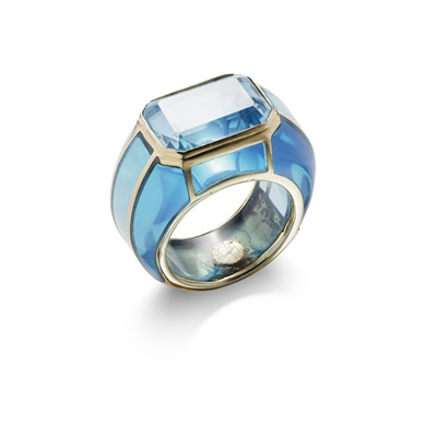 Lot 89 - A blue topaz and paste dress ring