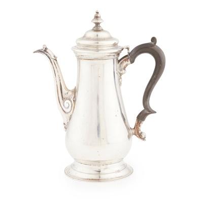Lot 448 - An Edwardian coffee pot