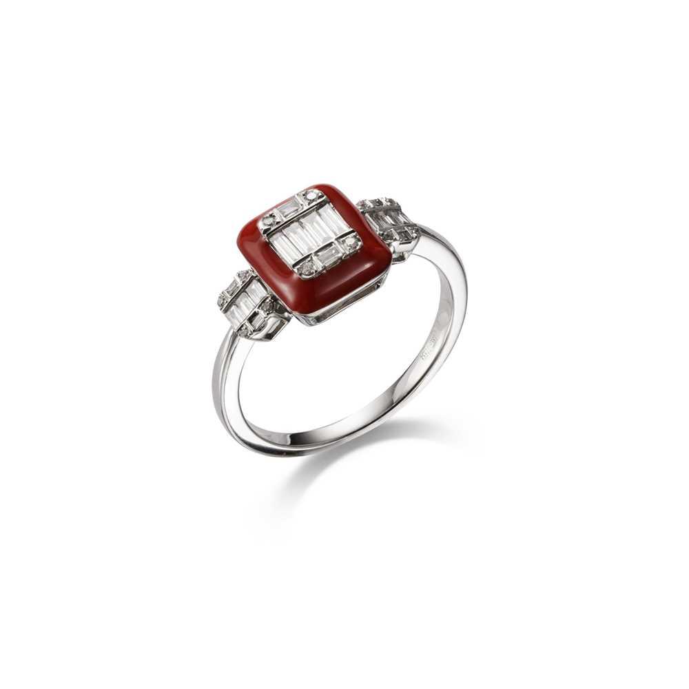 Lot 24-An enamel and diamond dress ring