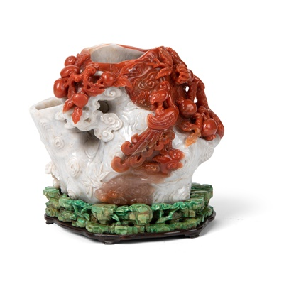 Lot 65 - RED AND WHITE CARNELIAN AGATE 'TREE TRUNK' VASE