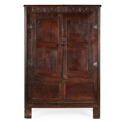 Lot 5 - WESTMORELAND OAK CUPBOARD