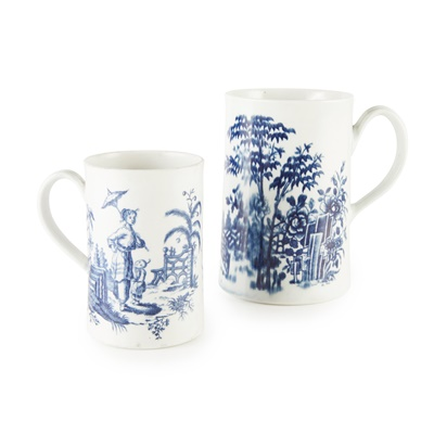 Lot 101 - TWO WORCESTER PORCELAIN BLUE AND WHITE TANKARDS