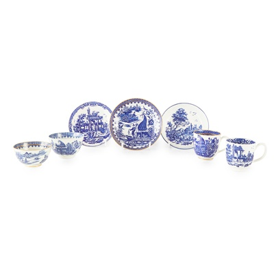Lot 97 - GROUP OF WORCESTER BLUE AND WHITE TEA WARES