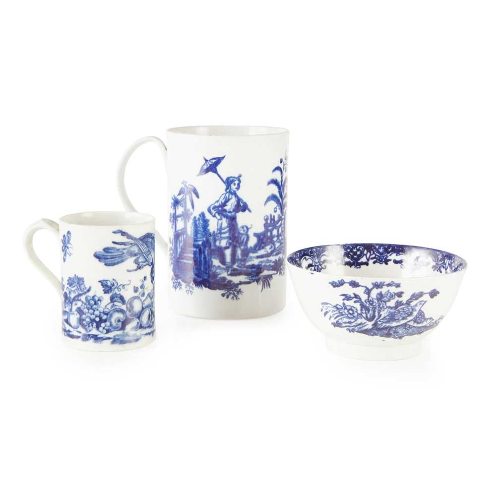 Lot 100 - THREE PIECES ENGLISH BLUE AND WHITE PORCELAIN