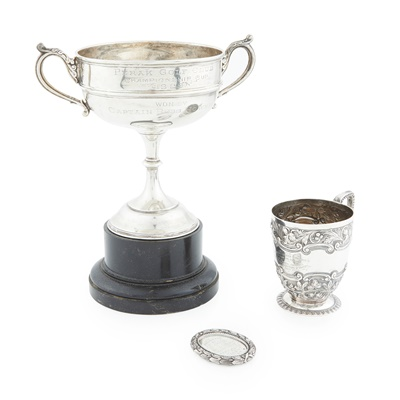 Lot 437 - A collection of golfing memorabilia, related to the Howman family
