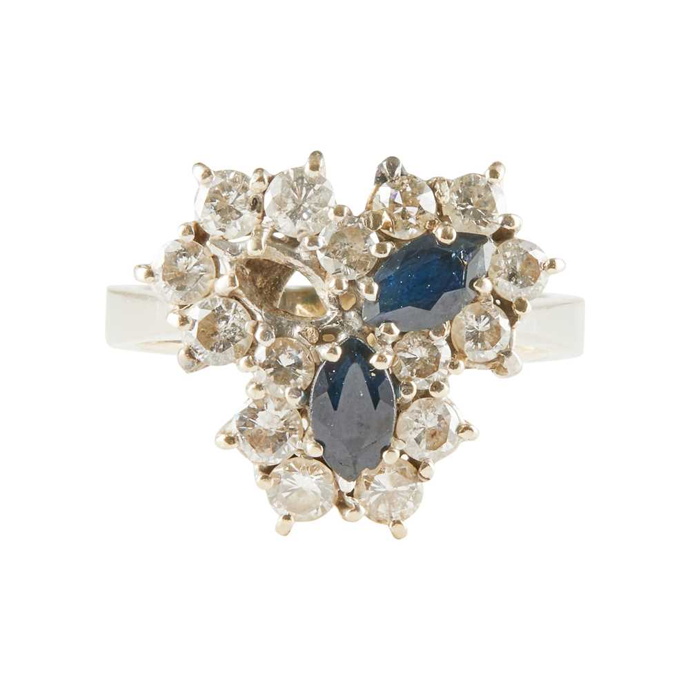 Lot 16-A sapphire and diamond set cluster ring