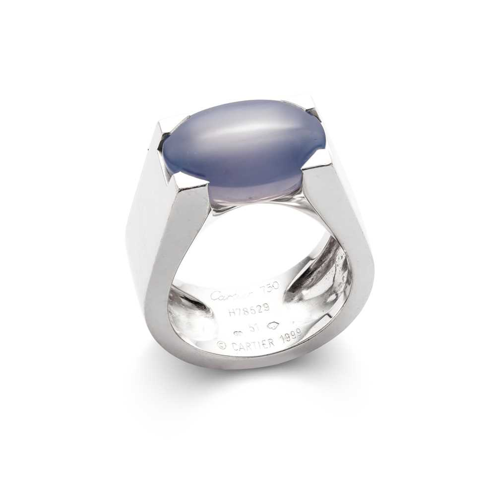 Lot 37 - A chalcedony 'Tankissime' ring, by Cartier