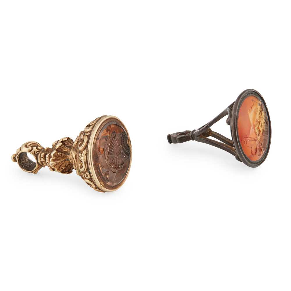 Lot 105 - A 19th century Mary, Queen of Scots fob seal and another 18th century steel mounted pendant seal