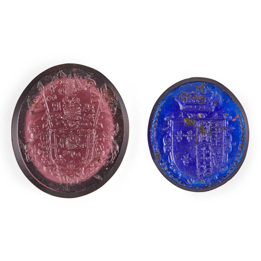 Lot 108 - Two unset glass 19th century intaglio seals relating to Mary, Queen of Scots