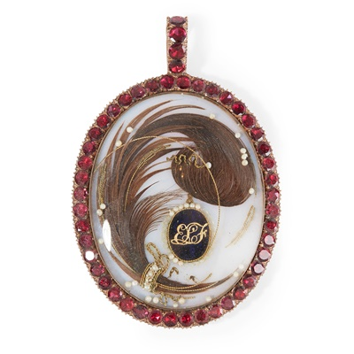 Lot 5 - A cased George III memorial pendant