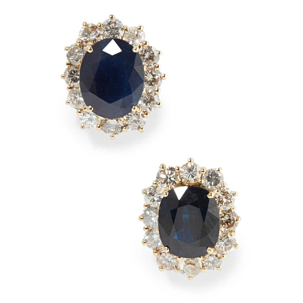 Lot 79 - A pair of sapphire and diamond cluster earrings