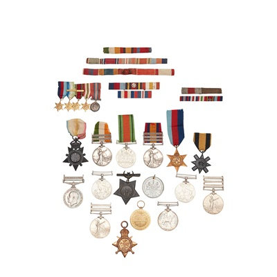 Lot 302 - A collection of mixed war and service medals