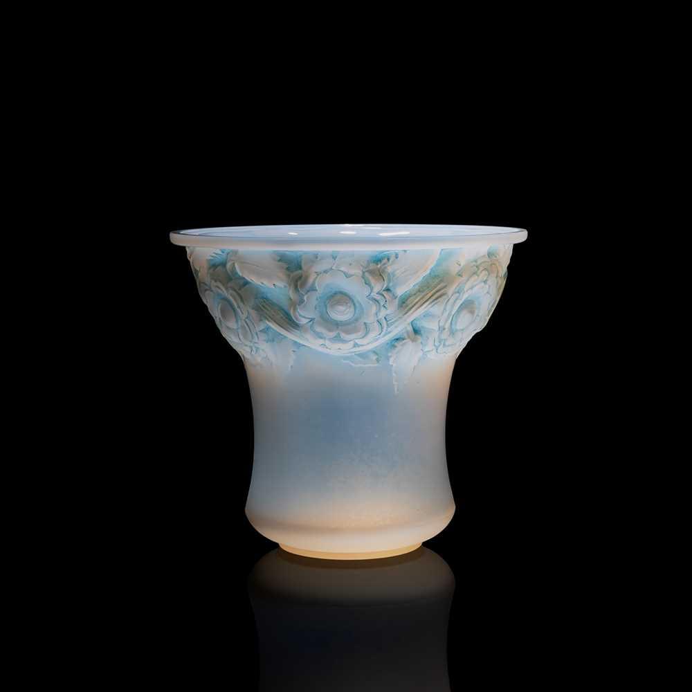 Lot 98 - René Lalique (French 1860-1945)