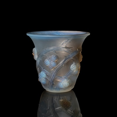 Lot 32 - René Lalique (French 1860-1945)