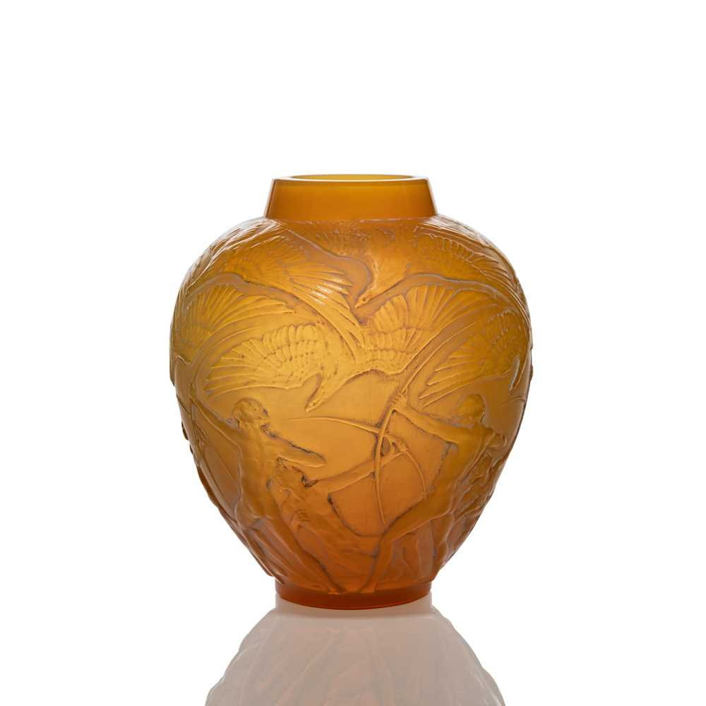 Lot 29 - René Lalique (French 1860-1945)