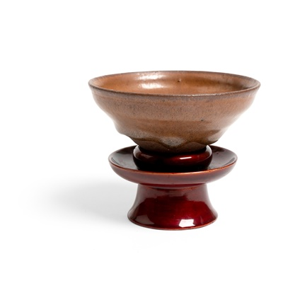 Lot 99 - JIAN WARE TEA BOWL WITH LACQUERED STAND