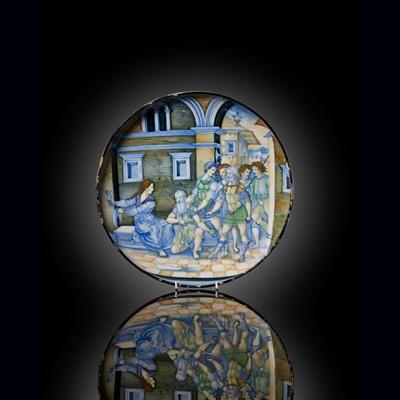 Lot 64 - AN UNRECORDED ITALIAN [URBINO] ISTORIATO MAIOLICA DISH, ATTRIBUTED TO NICOLA DA URBINO, CIRCA 1520-23