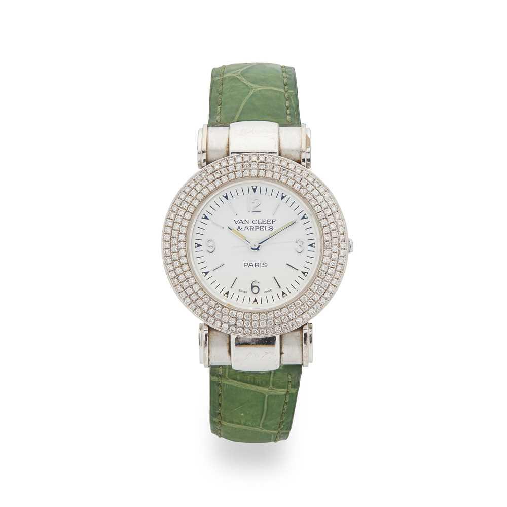 Lot 133 - Van Cleef & Arpels: a lady's diamond set watch