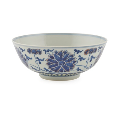 Lot 168 - BLUE AND WHITE 'FLORAL' BOWL