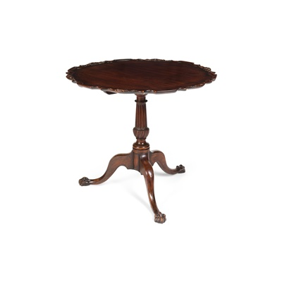 Lot 103 - GEORGIAN STYLE MAHOGANY PIECRUST TEA TABLE