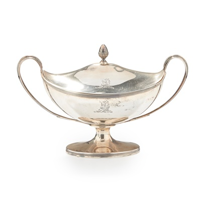 Lot 237 - A GEORGE III TWIN HANDLED SAUCE TUREEN AND COVER