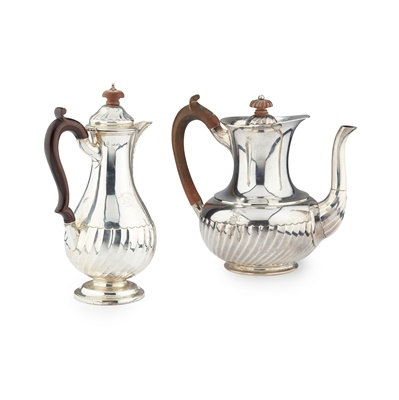 Lot 229 - A LATE VICTORIAN HOT WATER JUG