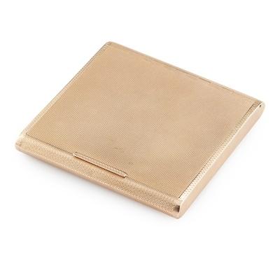 Lot 250 - A 9CT GOLD CIGARETTE BOX