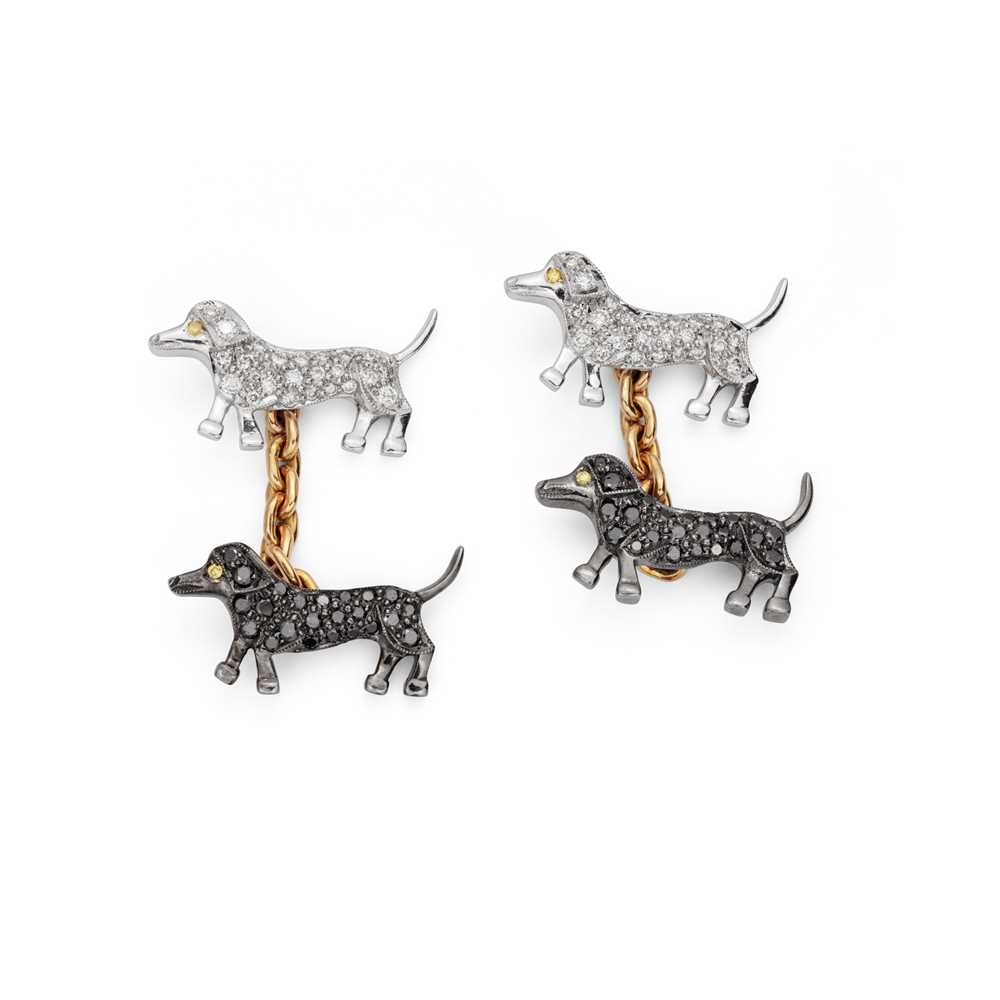 Lot 47 - A pair of diamond-set novelty cufflinks