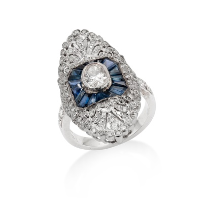 Lot 11 - A sapphire and diamond dress ring