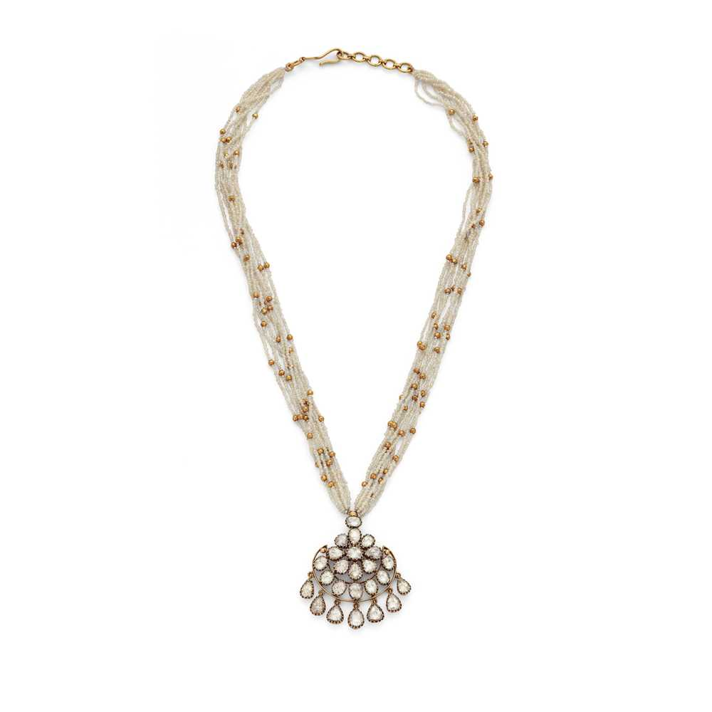 Lot 76 - An Indian diamond and seed pearl pendant necklace