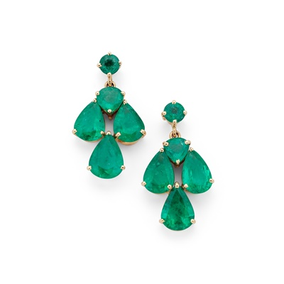 Lot 94 - A pair of emerald pendent earrings