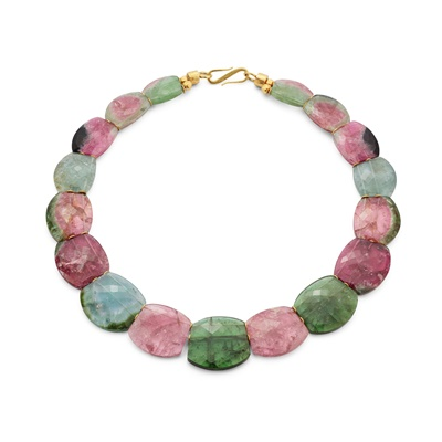 Lot 115 - A tourmaline necklace