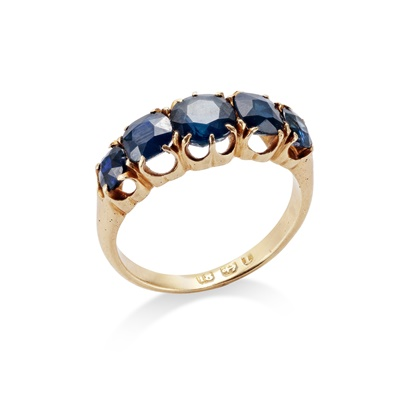 Lot 13 - A late 19th century sapphire five-stone ring, circa 1891
