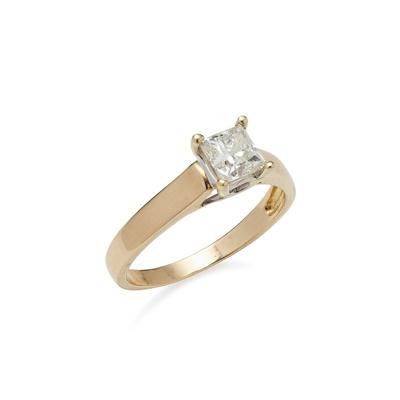 Lot 63 - A single stone diamond set ring