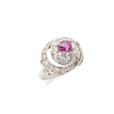 Lot 36 - A pink sapphire and diamond set ring