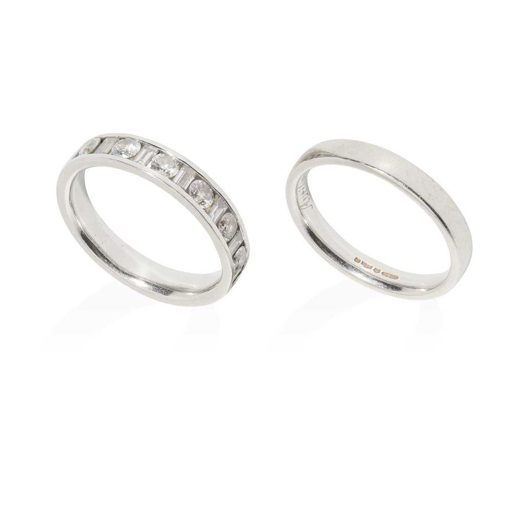 Lot 57 - A diamond half eternity ring
