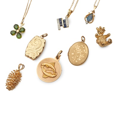 Lot 190 - A collection of jewellery