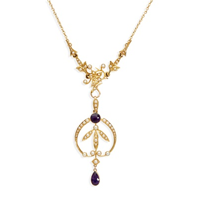 Lot 2 - An early 20th century seed pearl and amethyst necklace