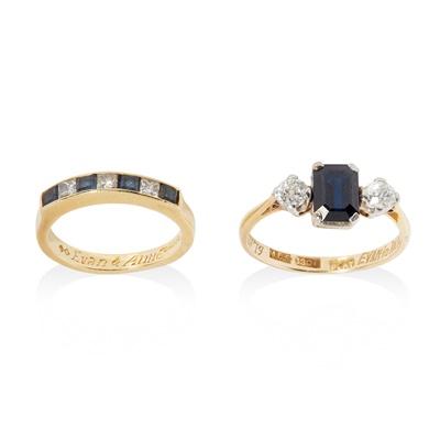 Lot 163 - A sapphire and diamond three-stone ring